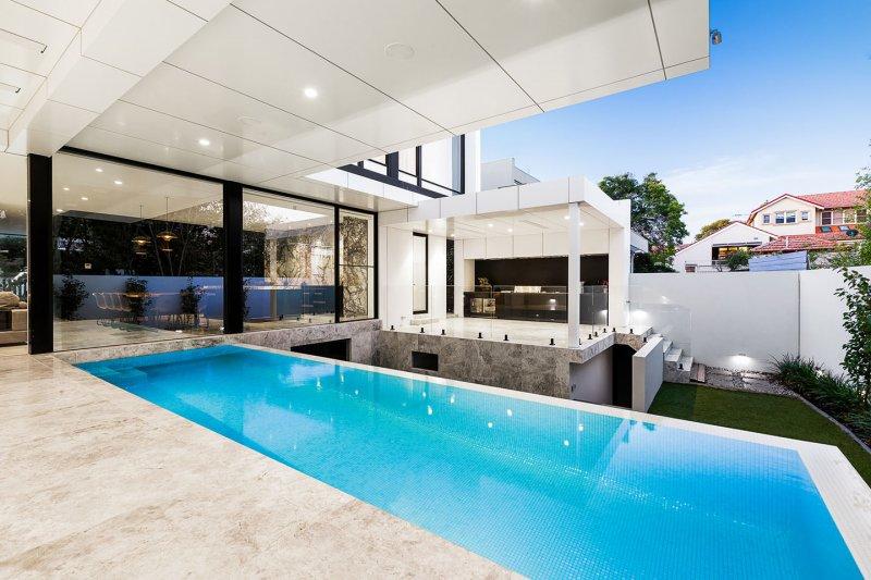 Essendon Pool
